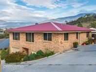 Picture of 1/21 Wakehurst Road, Austins Ferry
