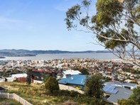 Picture of 2/18 Chadwick Court, West Hobart