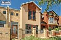 Picture of 266 Lakeside Drive, Joondalup