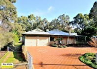 Picture of 4 McGlew Road, Glen Forrest