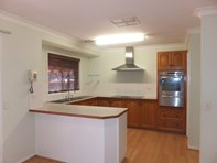 Picture of 32 Iverach Street South, Coolamon