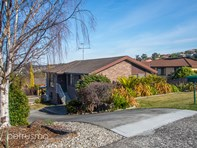 Picture of 4 Stirling Avenue, Blackmans Bay