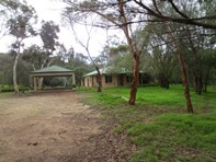 Picture of 1 White Hill Road, Bouvard