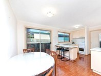 Picture of 2 Peron Place, Banks