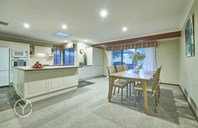 Picture of 3 Ewers Place, Booragoon