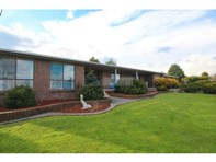 Picture of 42 Maxwell Drive, Latrobe
