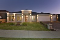 Picture of 13 Redheart Road, Carramar