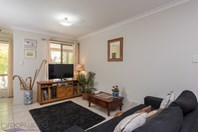 Picture of 26 Squires Gardens, Stratton