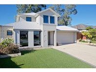 Picture of 17 SCARPVIEW Place, East Cannington