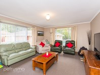 Picture of 1/133 Pitcairn Street, Montrose