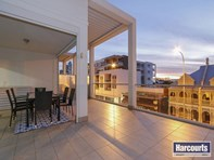 Picture of 2/226 Beaufort Street, Perth