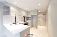 Picture of 3/6 Guthrie Street, Dickson