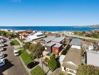 Picture of 22 Shackel Avenue, Clovelly