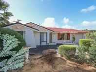 Picture of 4 Stevens Place, Kardinya