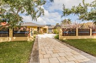Picture of 12 Parkway Rd, Bibra Lake