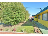 Picture of 61 Crystaluna Drive, Golden Bay