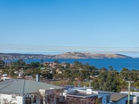 Picture of 3 / 16 Hill Street, Bellerive