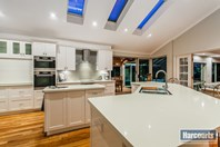 Picture of 53 Kingston Place, Kardinya