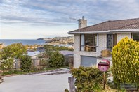 Picture of 1 Bay Court, Blackmans Bay