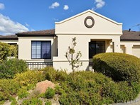 Picture of 2/13 Toms Court, Bayswater