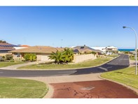 Picture of 25 Hamilton Way, Silver Sands