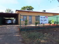 Picture of 2/11 Sunset Drive, Mount Isa