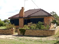 Picture of 75 Longfield Street, Stawell