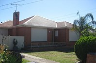 Picture of 82 Montpellier Drive, Avondale Heights
