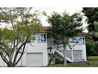 Picture of 2 Parkhurst Avenue, Herston