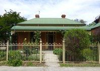 Main photo of 617 Carrington Street, Albury - More Details