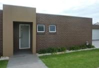 Main photo of 2/4 MacKenzie Crescent, Wodonga - More Details