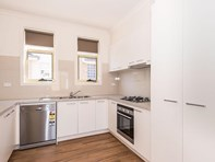 Picture of 2&5/1 Clarendon Street, Avondale Heights