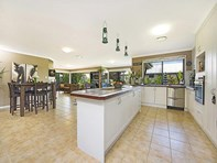Picture of 3 Edlundh Court, Pelican Waters