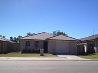 Picture of 32 12 Walnut Crescent, Lowood