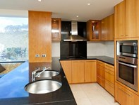 Picture of 62/128 Mounts Bay Road, Perth