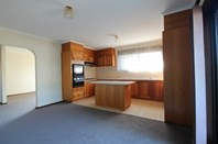 Picture of 2/3 Moonstone Court, Wheelers Hill
