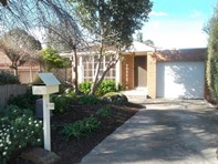 Picture of 2/145 Grandview Road, Wheelers Hill