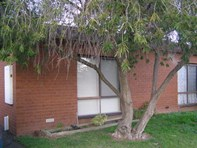 Picture of 4/129 Sobraon Street, Shepparton