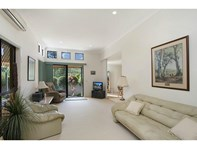 Picture of 4/6 Burrabee Street, Burleigh Heads