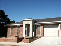 Picture of 4/9 Mareli Street, Stawell