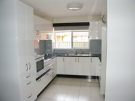 Picture of 2/9 Baird Street, Tuncurry