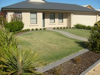 Main photo of 9 Torrens Street, Loxton - More Details
