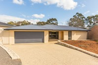 Picture of 14 Connibere Crescent, Oxley