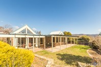 Picture of 7 Naismith Place, Kambah