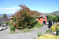 Picture of 1/1 Riseley Court, Lenah Valley