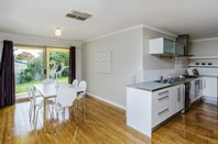 Picture of 72 Sir James Hardy Way, Woodcroft