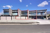 Picture of 2+3/56 Riverway Road, Montrose