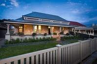 Picture of 31 Esplanade, Semaphore South
