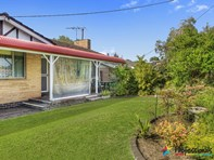 Picture of 6 Fairway Drive, West Busselton