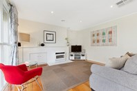 Picture of 1/5 Risdon Drive, Notting Hill